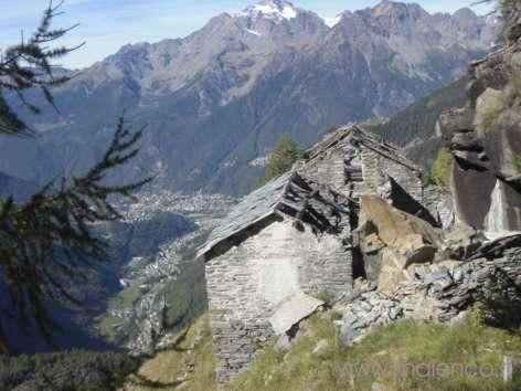 Alle miniere di amianto e demantoidi del cingiasc for Schierandosi dalla roccia in casa